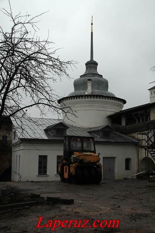 Богоявленская башня — Спасо-Преображенский монастырь в Ярославле