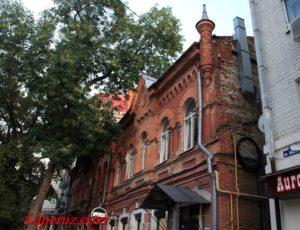 Доходный дом купца Юрьева — Саратов, улица Яблочкова, 15