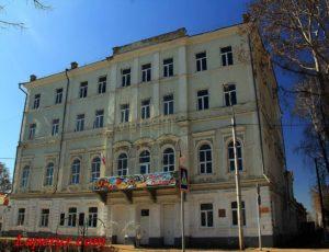 Дом В.Л. Челышева (Чистопольский многопрофильный колледж) — Чистополь, улица Карла Маркса, 78