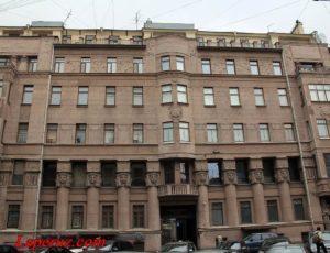 Доходный дом Нежинской («Египетский дом») — Санкт-Петербург, улица Захарьевская, 23