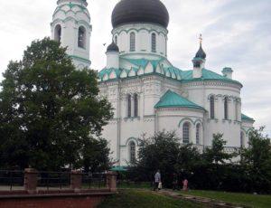 Собор Михаила Архангела — Ломоносов, Дворцовый проспект, 61