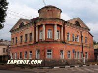 С вольского памятника архитектуры снимут кондиционер по обращению Laperuz.com