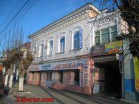 Жилой дом — Вольск, улица Революционная, 32