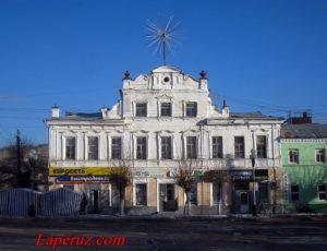 Особняк — Вольск, улица Революционная, 16
