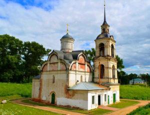 Церковь Исидора Блаженного на валах — Ростов Великий, улица Карла Маркса, 25А