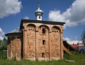 Церковь святого великомученика Мины — Старая Русса, улица Георгиевская, 44