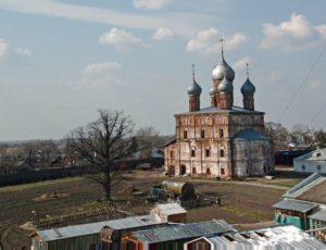 Церковь Спаса на Песках (Спасопесковская) — Ростов Великий, улица Энгельса, 44