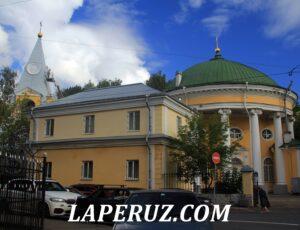 Троицкая церковь — Санкт-Петербург, проспект Обуховской обороны, 235