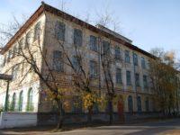Реальное училище (Всероссийский институт льна) — Торжок, улица Луначарского, 35