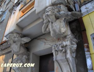 Экспедиция в заброшенный памятник архитектуры в Саратове