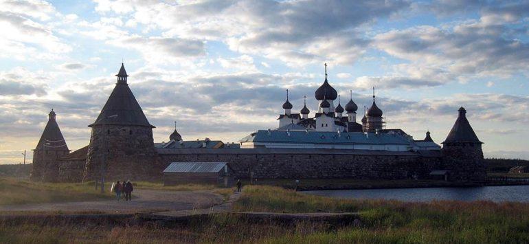 На Соловках воссоздадут церковь, где молились заключённые СЛОН