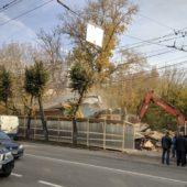 В Калуге уничтожили дом, отремонтированный «Том Сойер Фестом»
