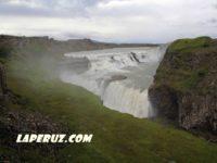 Гульфосс — двухступенчатый водопад в Исландии