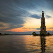 В Калязине отремонтируют затопленную колокольню