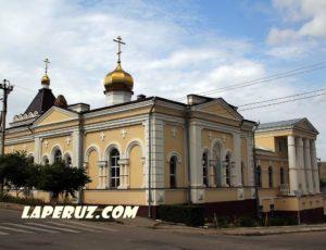 Дом архиерея с Благовещенской церковью — Вольск, улица 1 мая, 32