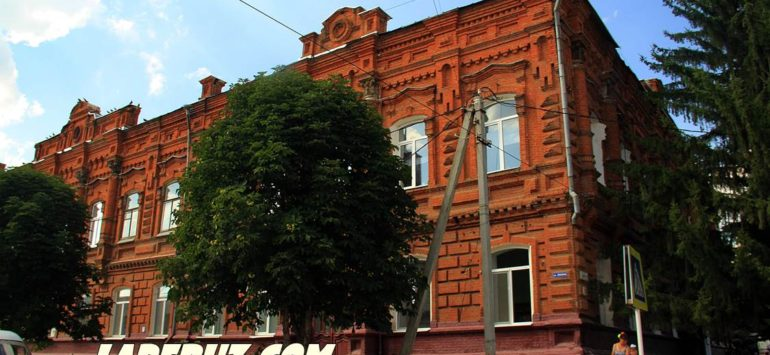 Ремесленное училище (Школа №3) — Аткарск, улица Советская, 92