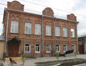 Особняк купца Шишкина — Хвалынск, улица Достоевского, 19