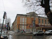 В Саратове провалилась крыша памятника архитектуры