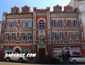 Театр-варьете «Мулен Руж» — Владивосток, улица Алеутская, 22