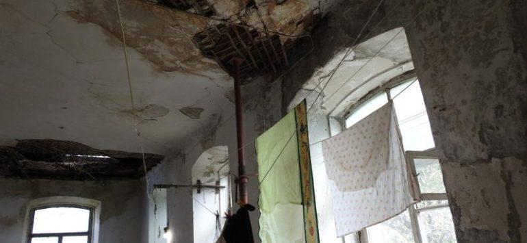 В Саратове обрушилась крыша памятника архитектуры