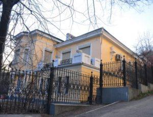 Жилой дом (Представительство Министерства иностранных дел РФ) — Владивосток, улица Пушкинская, 25А