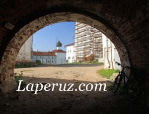 Постройки внутри Соловецкого монастыря