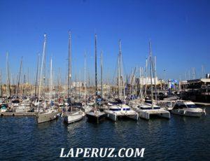 В старом порту Барселоны
