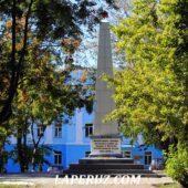 В Александровске-Сахалинском отреставрировали обелиск по требованию прокуратуры