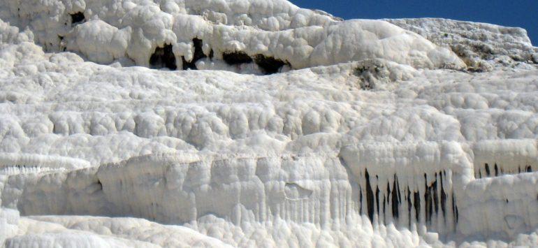Памуккале. Белые ванны и бассейн Клеопатры