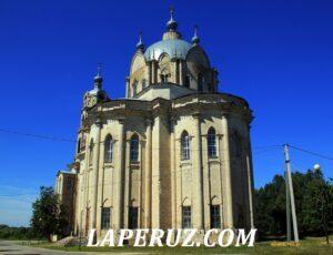 Гусь-Железный. Православный храм в готическом стиле