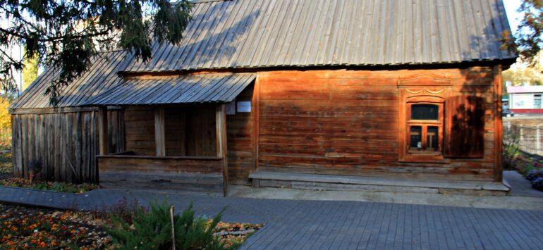 Дом-музей В.И. Чапаева — Балаково, улица Чапаева, 110