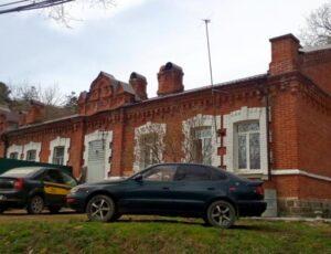 Царская казарма — Владивосток, улица Яблоневая, 73