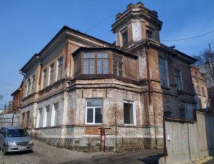 Дом доктора Тенчинского — Владивосток, улица Уборевича, 36