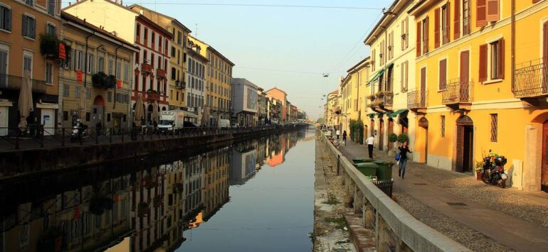 Итальянский канал, но не в Венеции. Район Навильи в Милане